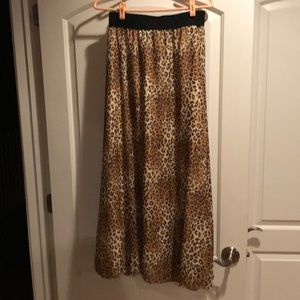 Lula Roe Leopard Maxi skirt Size Small